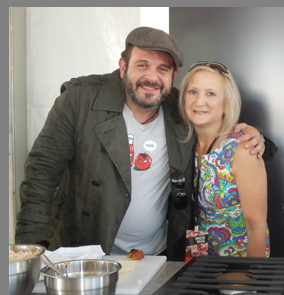 Adam Richman and Debra Argen - Greenwich WINE Food 2017 - photo by Luxury Experience