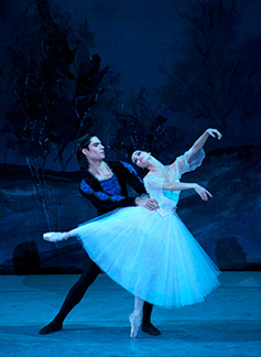 Moscow Festival Ballet - Giselle - Alexander and Daev 2014